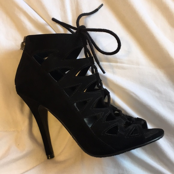 Black Heels With Zipper And Shoe Lace